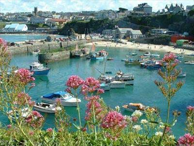Hotels, Guest Houses and B&Bs near Newquay Harbour